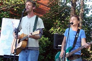 Dan Dean and Laura Kelly