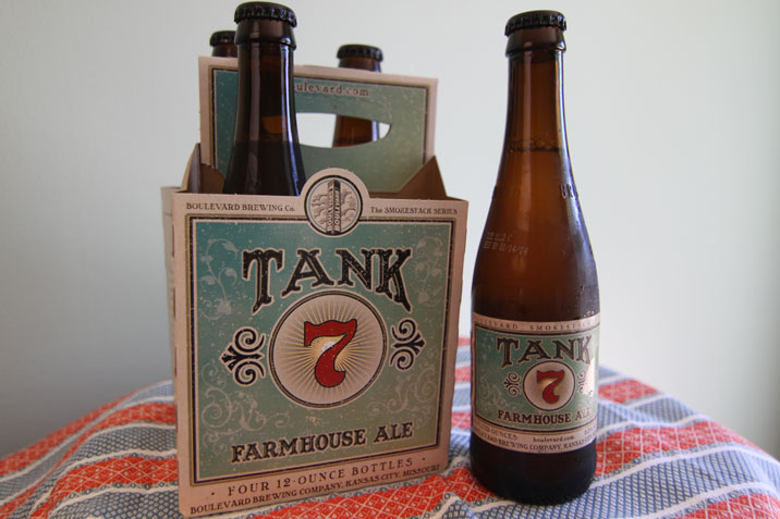Review Boulevard Tank 7 Farmhouse Ale