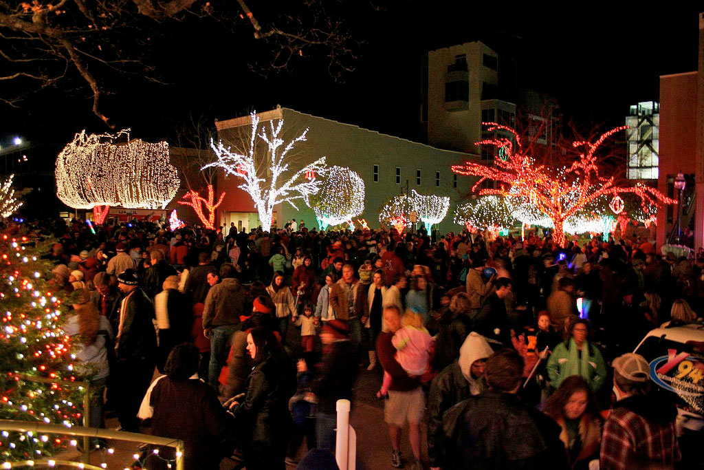 Lights of the Ozarks grows to include Block Avenue and Dickson ...