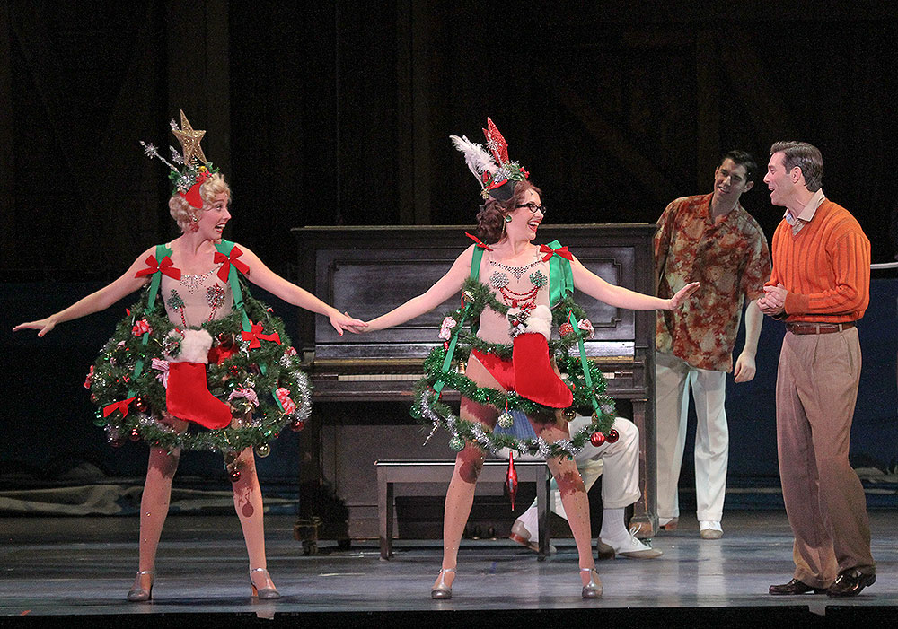 review irving berlin�s white christmas kicks off holiday