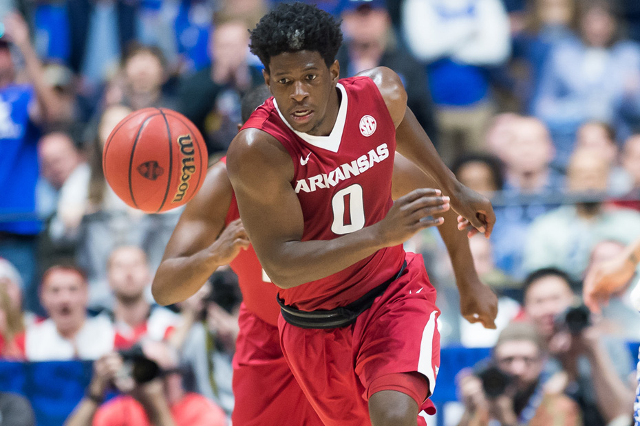 Seton Hall-Arkansas ends in controversy after flagrant foul call