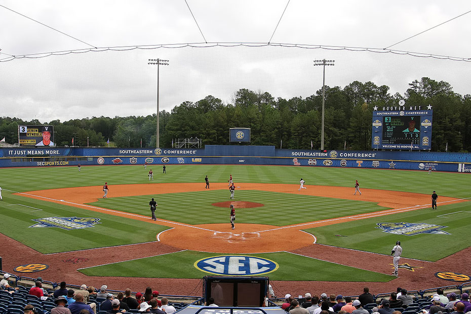 Diamond Hogs Power to SEC Tourney Championship Game